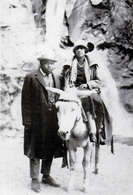 Marcus_Garvey_with_Amy_Jacques_Garvey,_1922.png